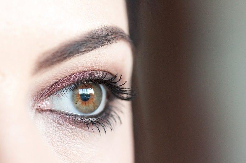 maquillaje de ojos avellana