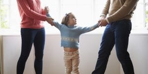 luchas de una madre divorciada