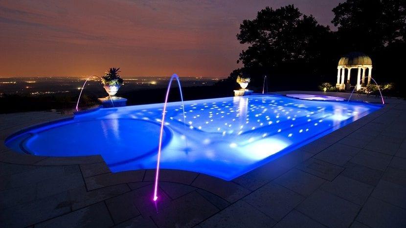 piscina en el hogar