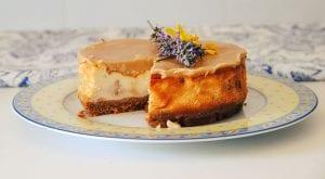 Tarta de queso con butterscotch