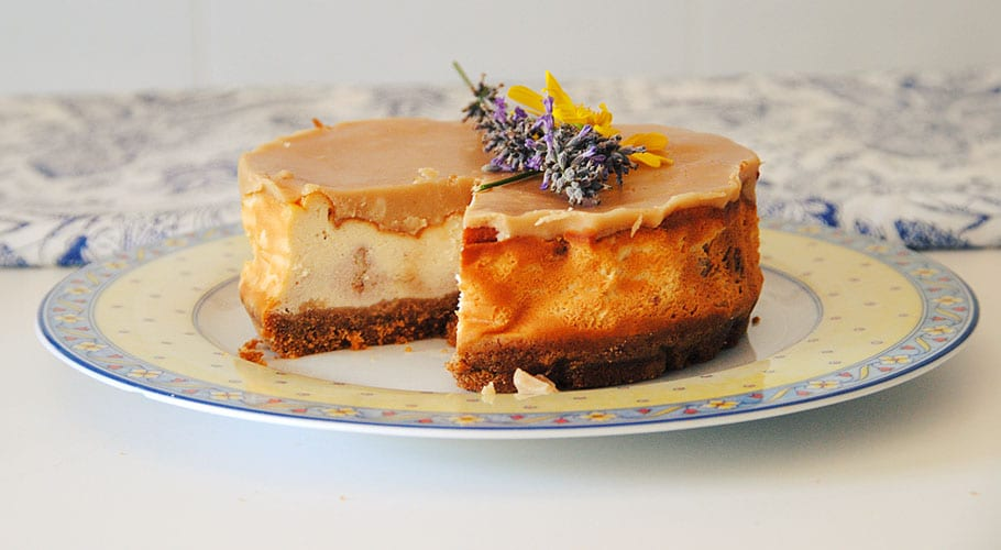 Tarta de queso con butterscotch