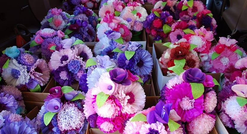 centros-de-mesa-con-flores-de-papel
