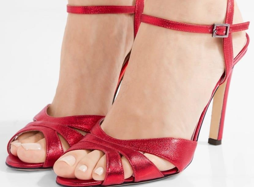 Sandalias de tacón en rojo