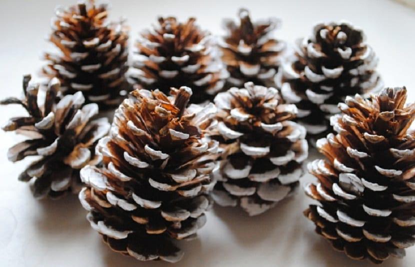 como-decorar-una-mesa-para-comidas-o-cenas-navidenas-2