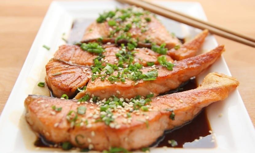 Cocinar pescado sin aceite