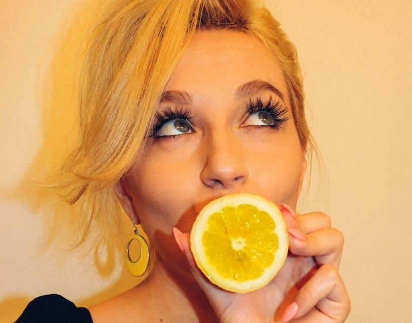 Limón para aclarar el pelo