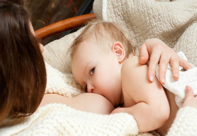 Mitos y verdades sobre la lactancia