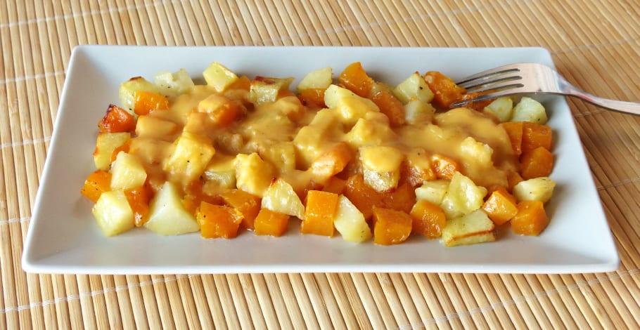 Calabaza y patata al horno con salsa de calabaza
