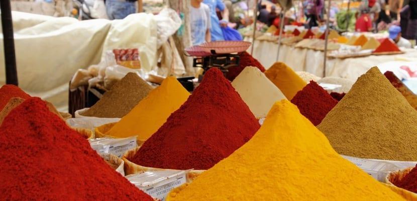 polvos de especias en la India