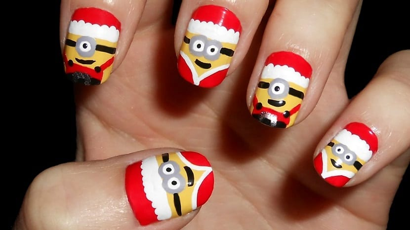 Manicura Minions Navidad