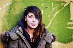 Quitar el olor a tabaco del pelo