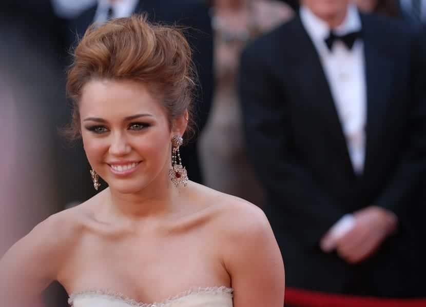Cómo peinarse como Miley Cyrus