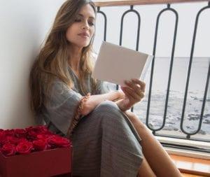 Sara Carbonero con vestido de Zara