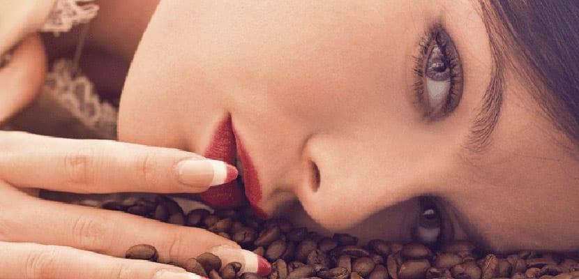 Belleza con café