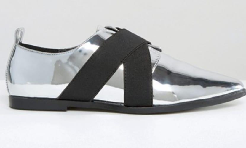 Zapatos sin tacón de punta