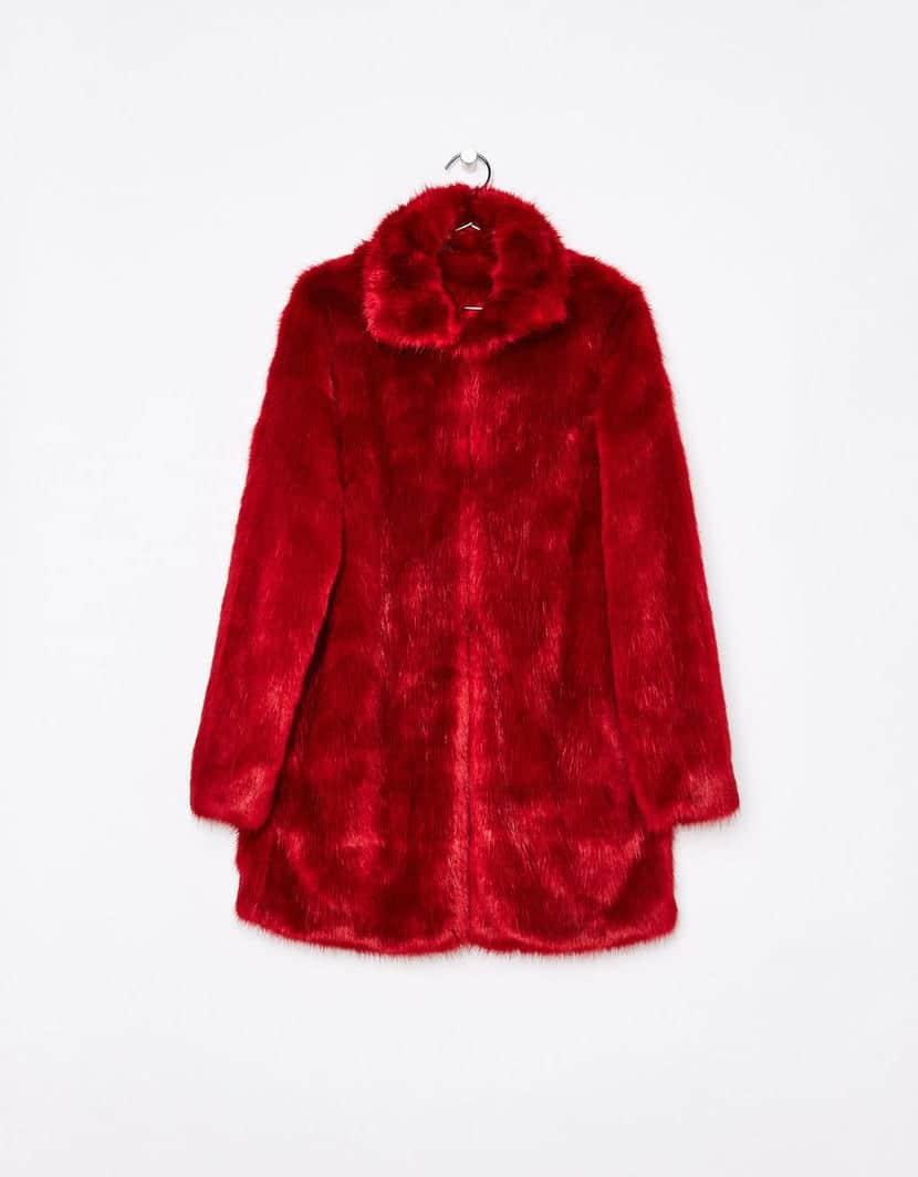 Ponte un abrigo de color a los días grises de invierno 5fe7574c204b0