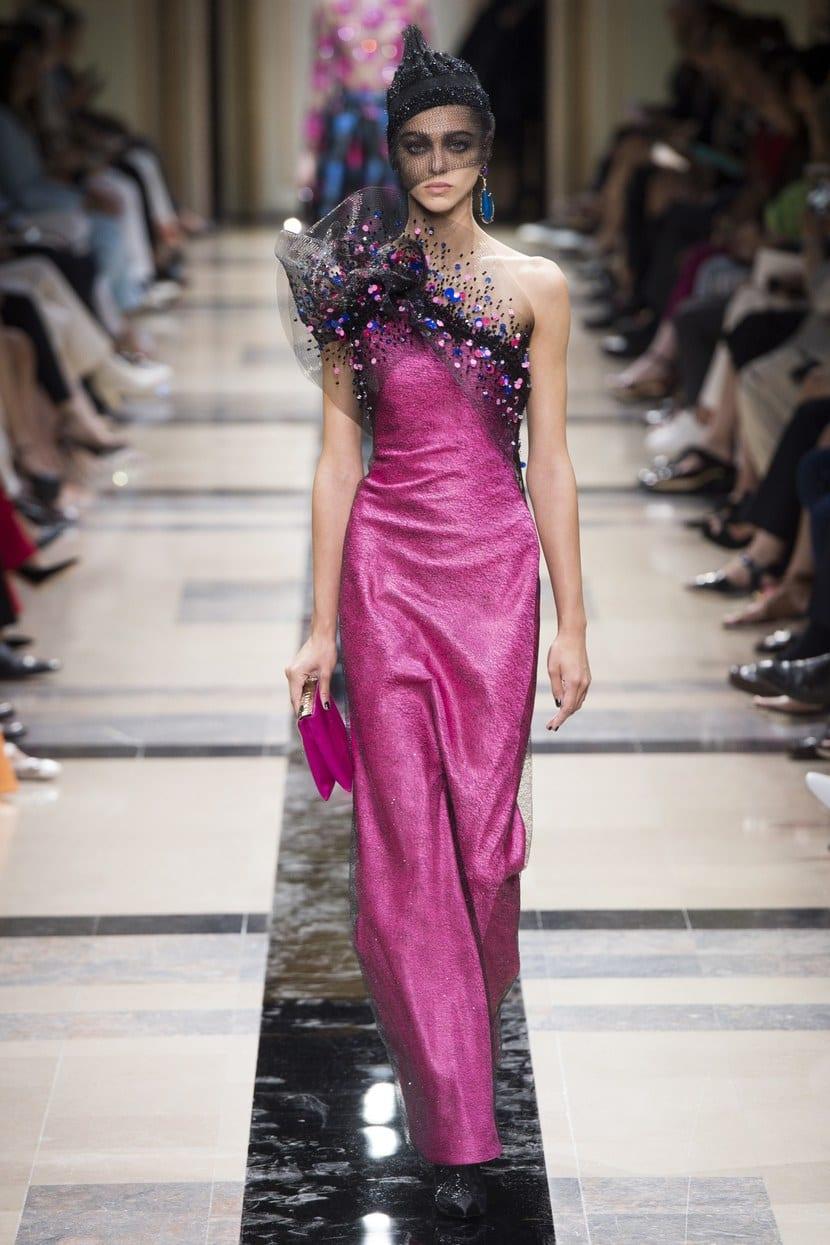 Armani Privé tendencia rosa
