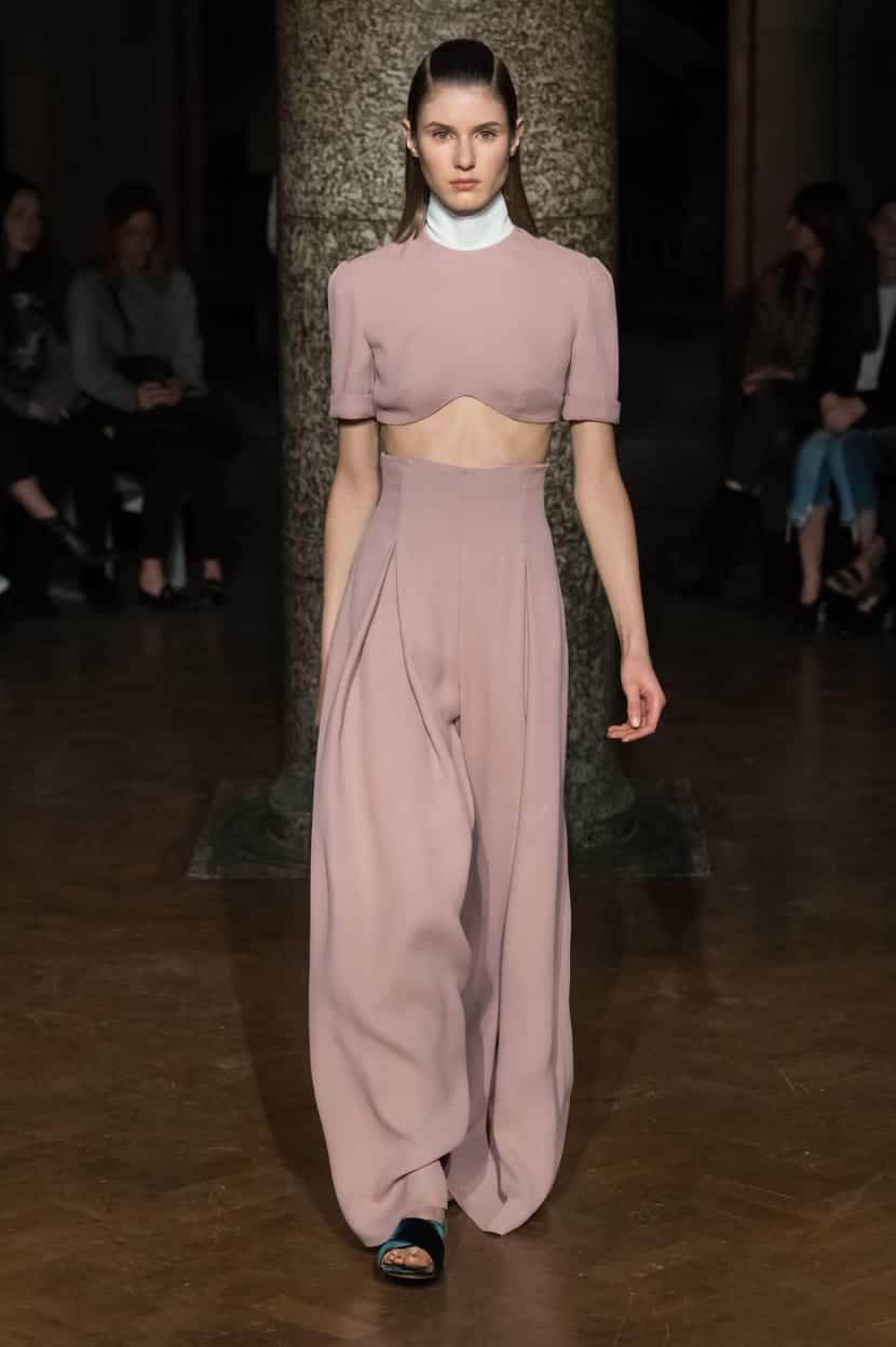 Emilia Wickstead tendencia en rosa