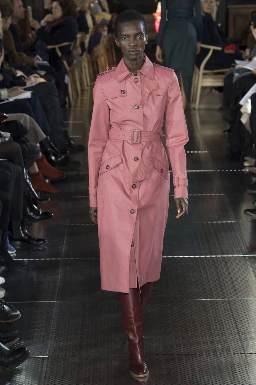 gabriela hearst tendencia rosa