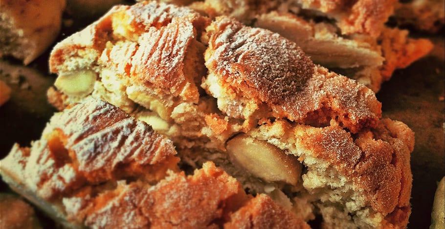 Cantuccini, biscotti o biscotes de almendra