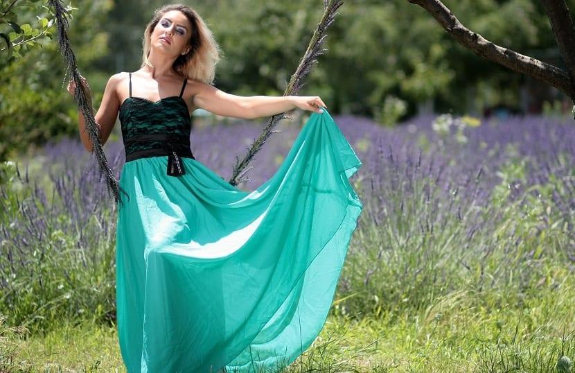 Tipos de vestidos para mujeres con barriga