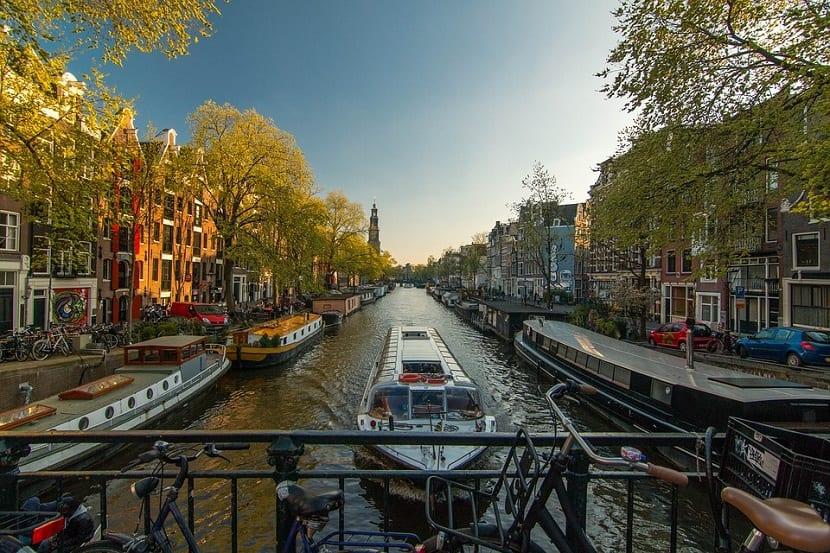 Viaje con amigos a Ámsterdam