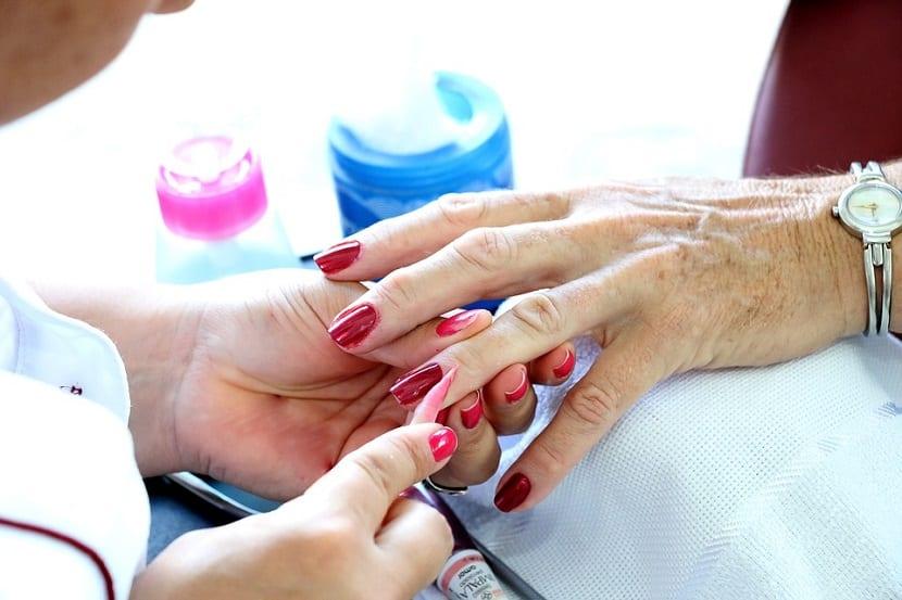 Errores al pintar las uñas
