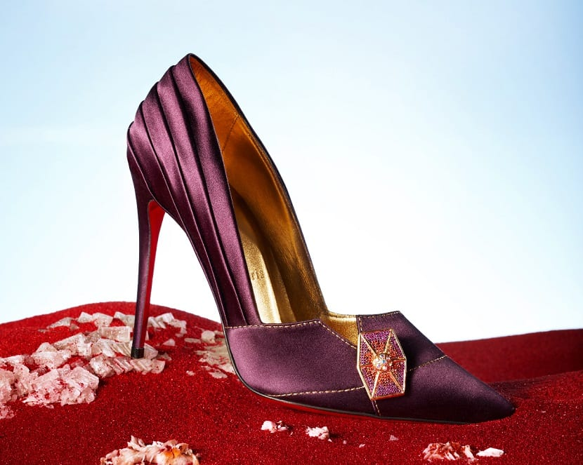 Zapato tacón salón Louboutin