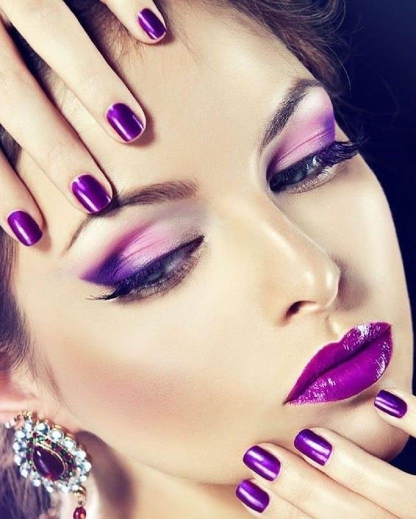 Maquillaje Ultra Violet