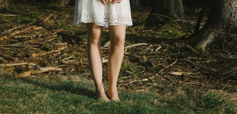 foto chica en el bosque