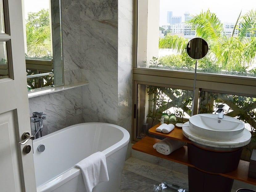 Bañera para baño rústico