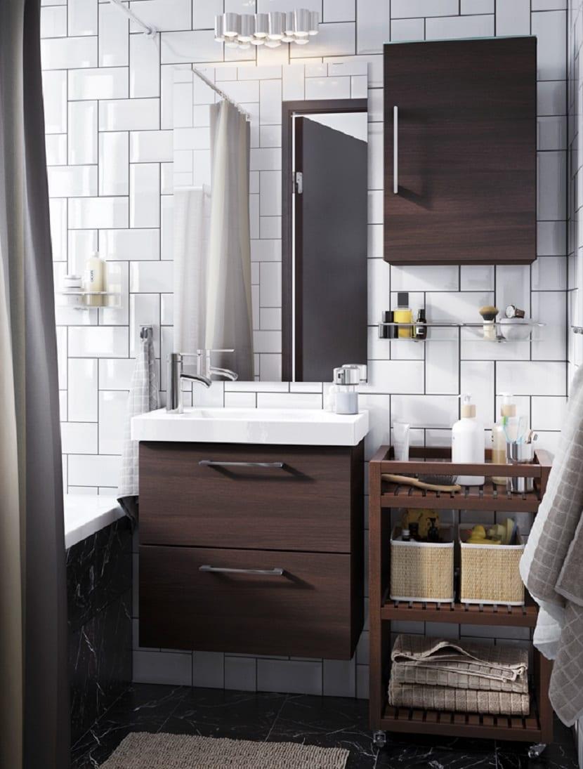 Baño de Ikea rústico moderno