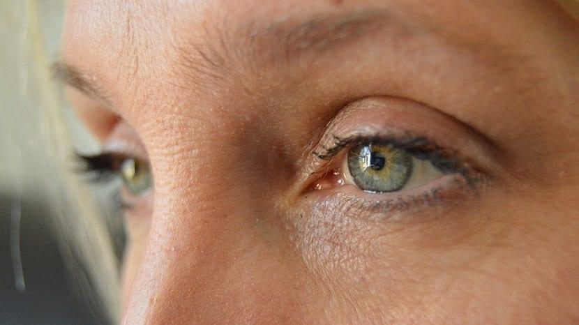 Eliminar arrugas de los ojos