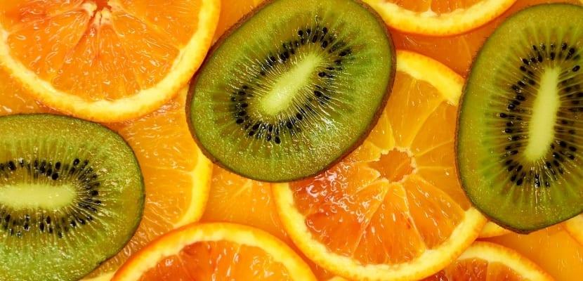naranjas y kiwis
