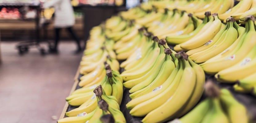 mostrador de plátanos