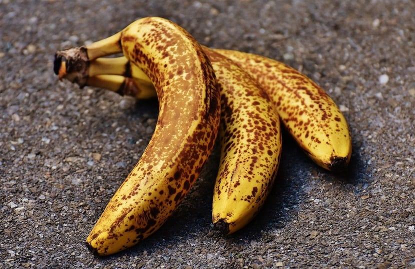 Cuidado del cabello con plátano