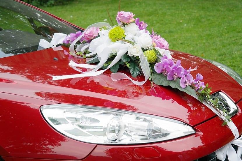 Flores para el coche de boda