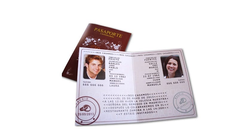 Invitaciones de boda originales en forma de pasaporte