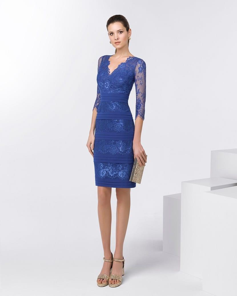 Vestido para invitadas en azul