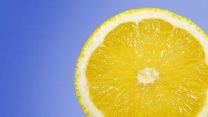 Limón y azúcar para la cara