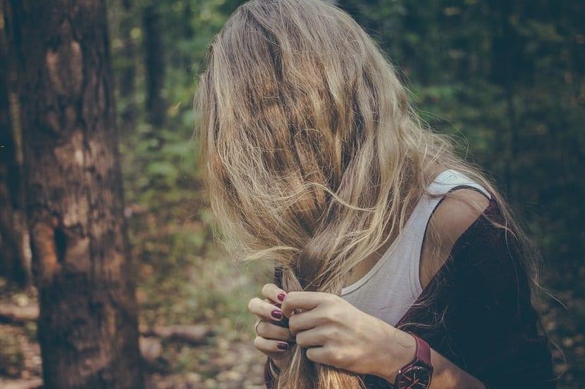 Peinado trenza lateral