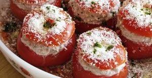 Tomates rellenos de arroz y atún