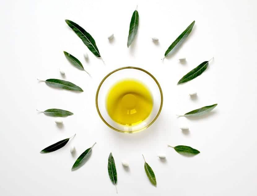 Aceite de oliva para uñas