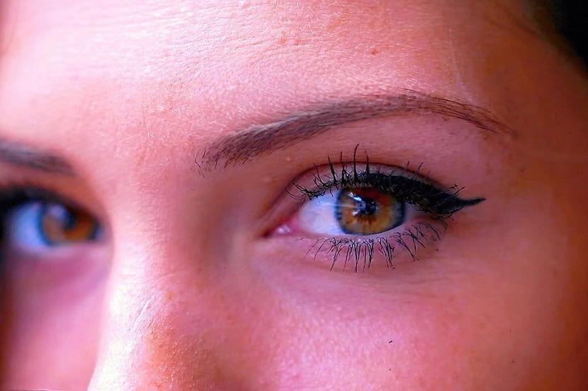 Cómo maquillar cejas