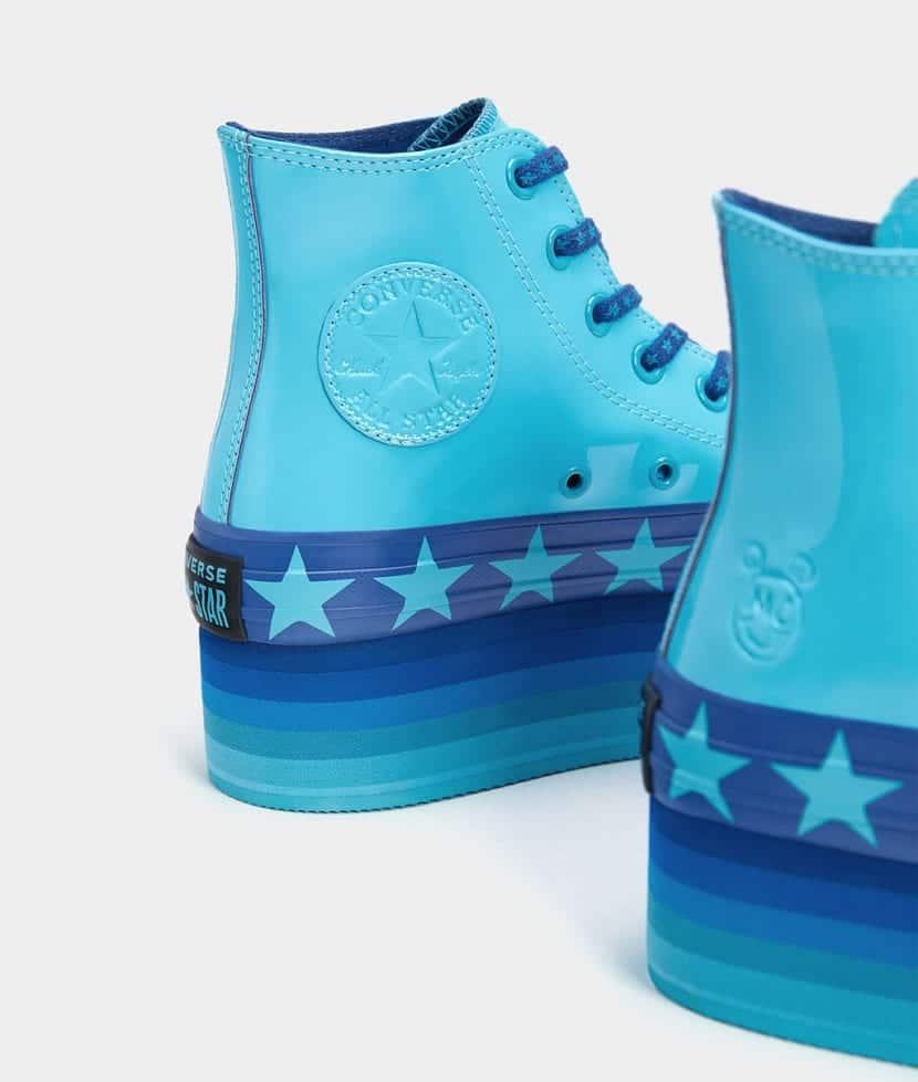 Botines color azul estrellas