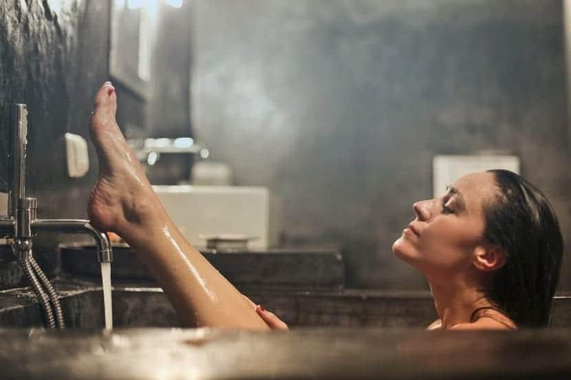 Baños calientes para perder peso