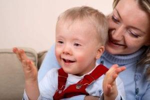 ayudando a padres con niños con necesidades especiales
