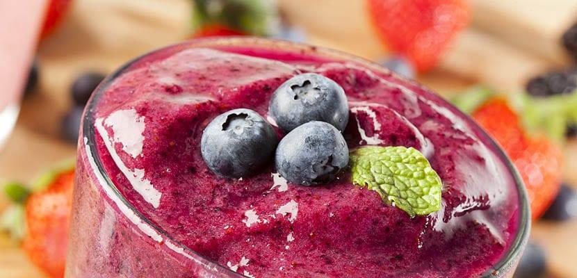 Zumos detox de frutos rojos
