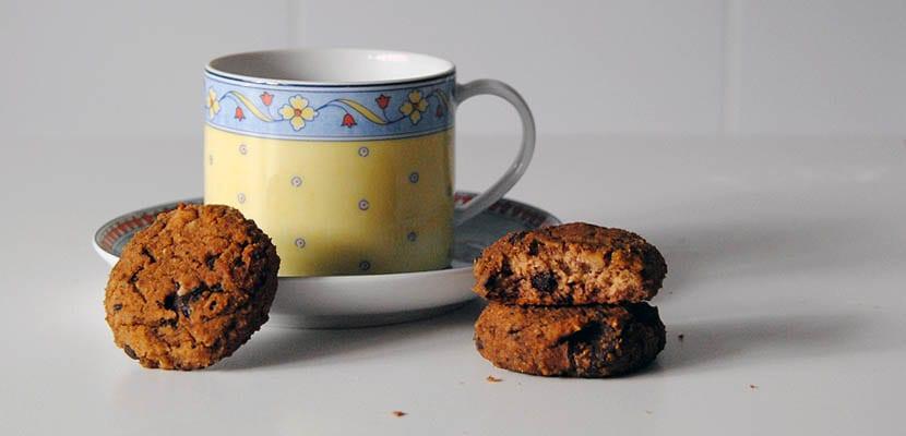 Galletas de garbanzos, avellanas y chocolate