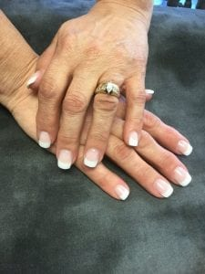 Cómo aplicar endurecedor de uñas